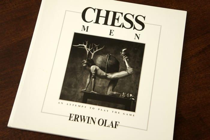 De serie chessmen van Erwin Olaf zorgde voor opschudding. Is dit kunst?
