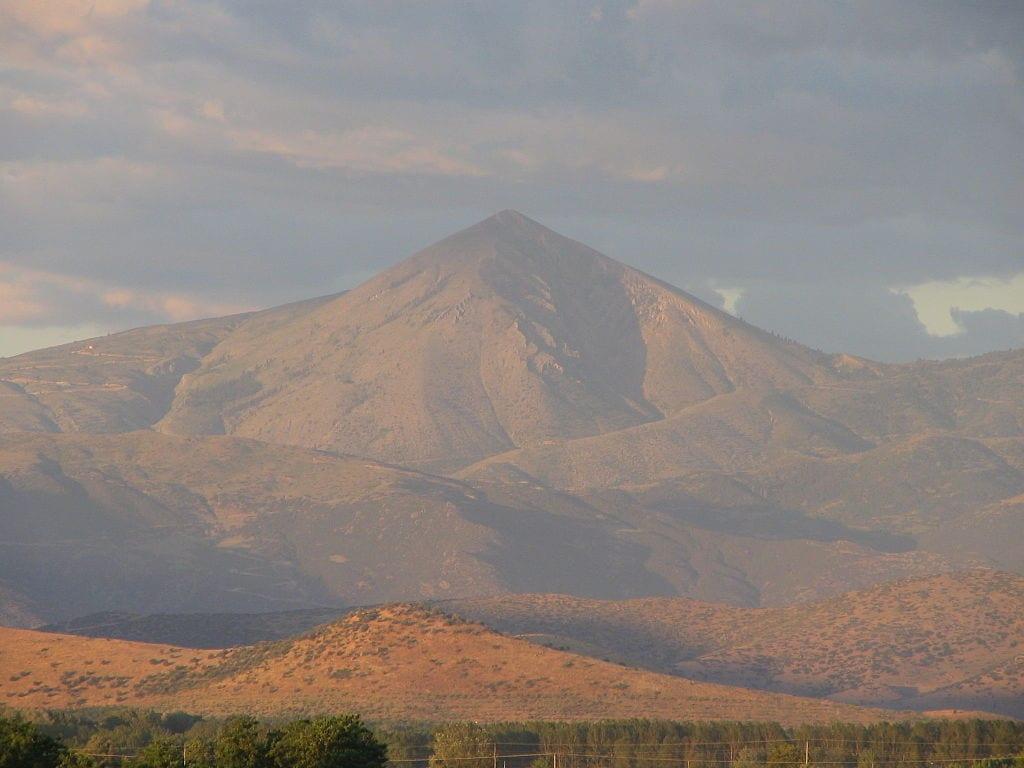 De berg Ossa die model stond voor een titanenarbeid