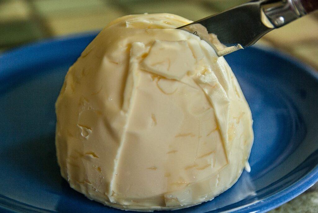 Spreekwoord 49: boter op je hoofd hebben