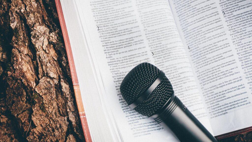 Een nieuwe podcast over boeken door DrsPee